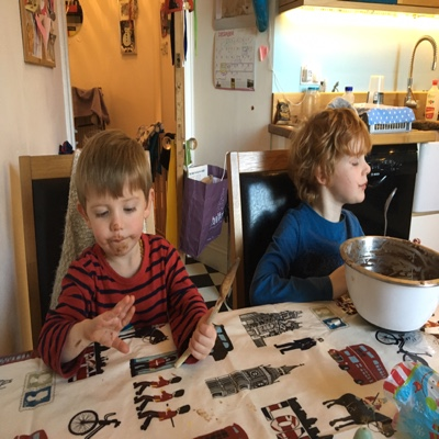 edinburgh single parents Connect is a trading name of scottish parent teacher council, a scottish charity funded mostly by membership please follow us on twitter and like us on facebook to receive the latest news and information from us.