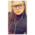 Chloe_